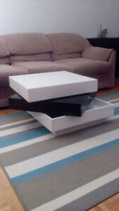 Modern Black/White Square Swivel Rotating Coffee Table Picasso