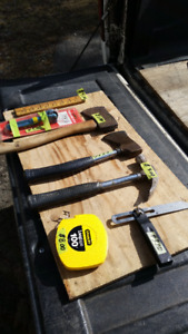VARIOUS HAND TOOLS AT GOOD PRICES