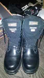Men's Work Boots Size 8.5!!