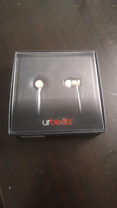 Beats urbeats headphones