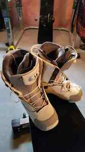 Salomon F24 Snowboard boots Men's 9.5