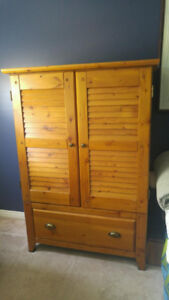 CABINET - 100% QUALITY PINEWOOD - 400$