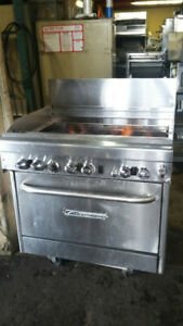"36"" Southbend 6 Burners + Gas oven like new"