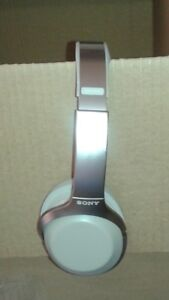 Sony MDR1000X/C Noise Canceling Headphone, Grey Beige