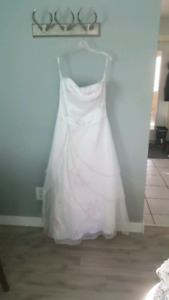 Size 16 Prom/Wedding Dress