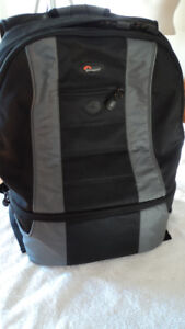 Lowepro CompuDaypack in super condition camera bag $65