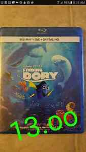 Disney  finding dory  right 13.oo