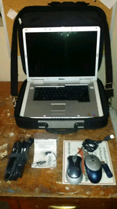 Dell Inspiron 9300 w/ case and accessories **NEEDS NEW HARDDRIVE