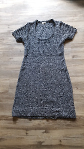 Brand new knee length knit dress - size teen large
