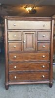 Nouveau brun commode brun / new dresser brown