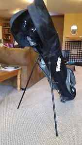 Adult golf clubs and golf bag/for beginners.