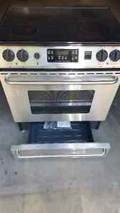 "30"" Frigidaire Gallery Series SS Convection Oven Cambridge Kitchener Area image 1"
