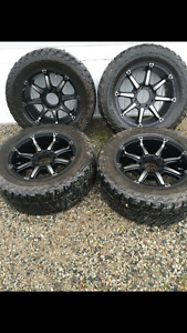 20inch fuel rims and 35 Mickey Thompson tires