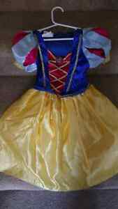 Snow white size 3 Peterborough Peterborough Area image 1