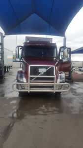 2016 Volvo D16 and 2015 Western trailer