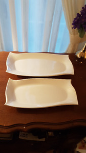 Serving dishes New bone China set of 2 $10  Avon Quality