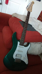 Yamaha Pacifica 112 vintage electric guitar, green