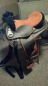 Orange Synthetic Western Saddle incl. Misc.Tack