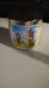 New Bath and body works 3 wick candle