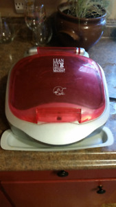 GEORGE FOREMAN LEAN MEAN FAT GRILLING MACHINE WITH BUN WARMER