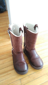 American eagle boots@$25!