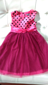 Girl 4T dress, excellent condition