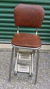 Kitchen chair with steps
