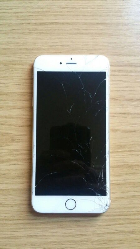 IPhone 6 Plus Gold 16GB EE With Cracked Screen And Minor Scratches For Sale