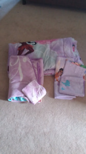 Girls tinker bell bedding and curtains