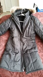 WOMENS WINTR COATS,SIZE L, 9/10 CONDITION,10 AVAIL$10EA O.B.O