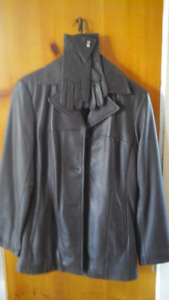 Leather jacket/gloves