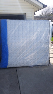 Brand New Sealy Posturepedic King Mattress with 4inch Pillow Top