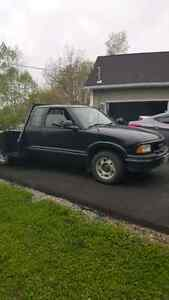 1997 gmc  Sonoma for parts or woods truck!