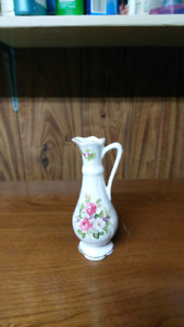 Three bone china vase