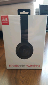 New Beats Solo 3 Wireless (Black) - Complete In Box, Sealed