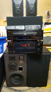 Pioneer 5.1 receiver and dvd/cd player and speakers