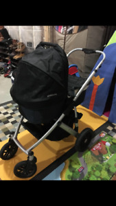 Uppababy Vista 2009 with bassinet and rumble seat