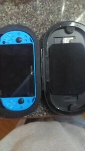 Ps vita blue 32gb memory card 3 games and case