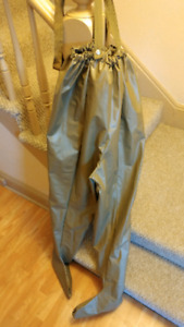 Size L waist waders