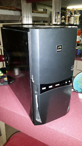 PC/MID-GAMERS /QUAD CORES/IDEAL /TRAVAIL *BUREAU*INTERNET☆125$☆