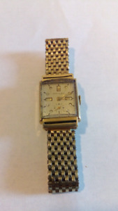 Vintage men's gold watch