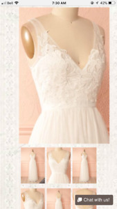 Never Worn White Dress/Wedding Dress - Lace Design - Size S