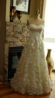 Wedding Dress 3D flower Fantastic Quality Never find in a store!