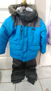 Gusti winter jacket and snow pants in size 6