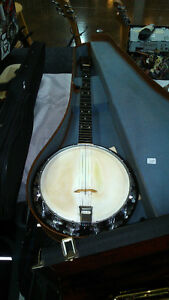 banjo 5 cordes The Michigan 1940 avec case d origine