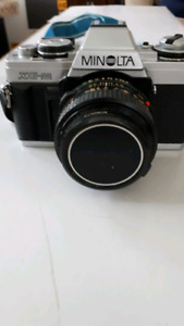 Estate sale: Minolta XG-M SLR Camera Kit