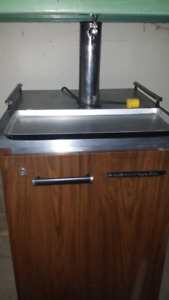 Draft beer dispenser  coolers one 1 tap one 3 tap