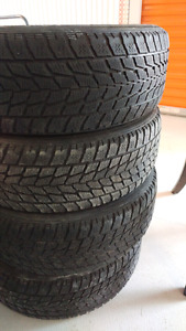 185 65 15 4 tires hiver toyo mike 438 274 1733