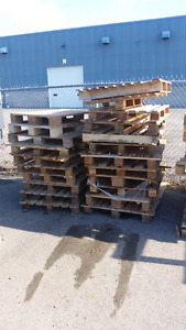 Free Skids/Pallets - Various sizes