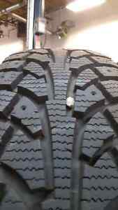 185/70R14 Hankook Winter I-Pike RSV Kitchener / Waterloo Kitchener Area image 2